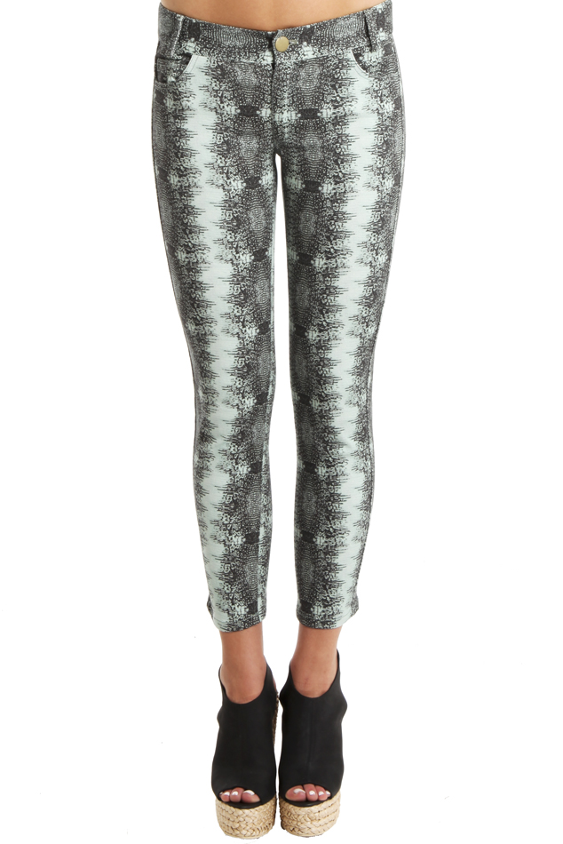Women's 10 CROSBY BY DEREK LAM Lizard-Print Skinny Pants in Pistachio