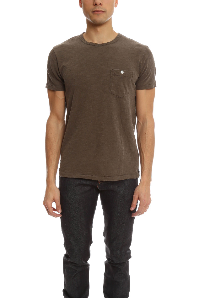 Men's Todd Snyder Classic Button Pocket T-Shirt in Bark, Size Large