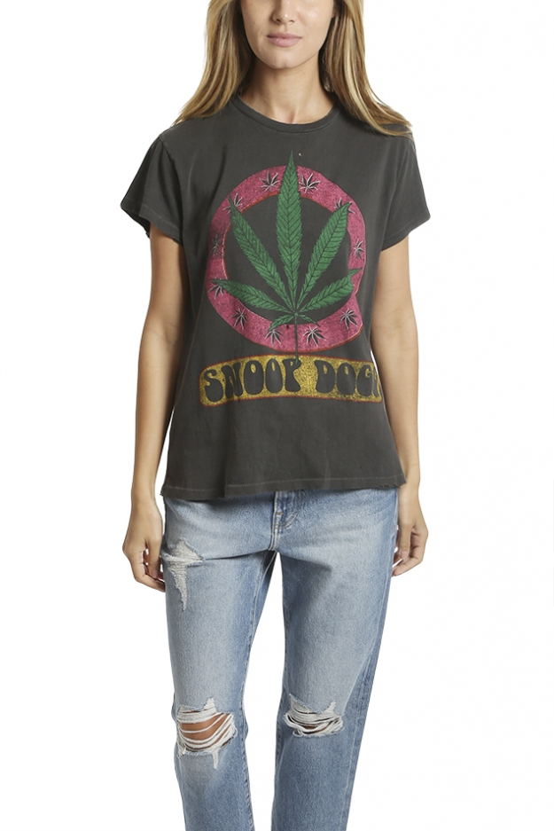 MadeWorn Snoop Dogg Leaf Tee