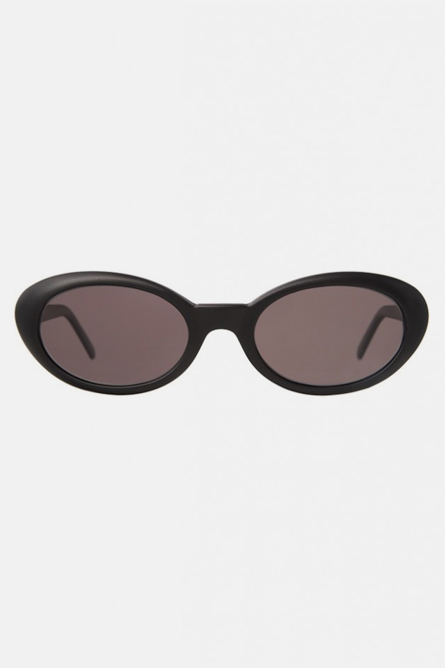 Illesteva Seattle Sunglasses in Black